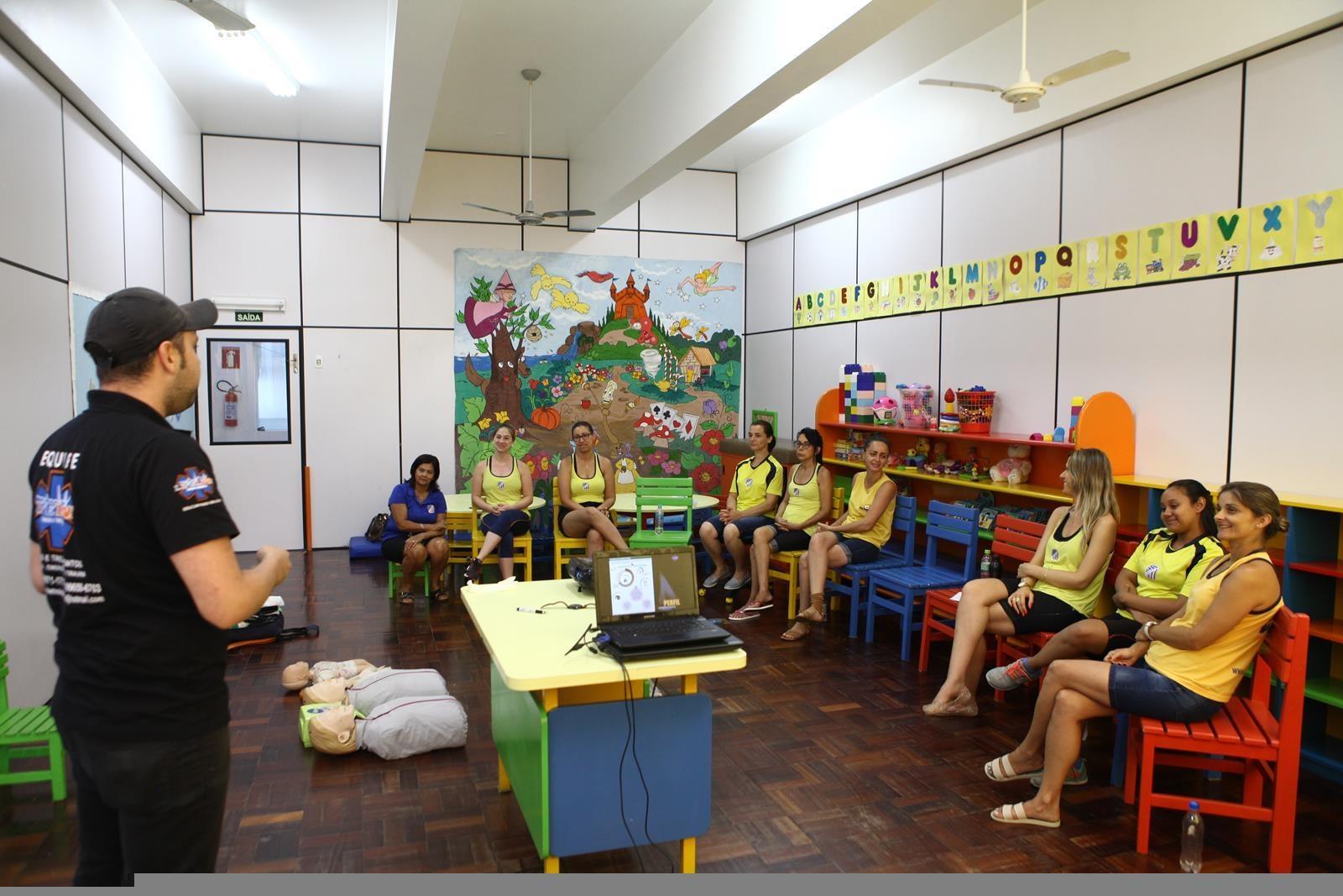 Escola Doritos - Aulas de primeiros socorros