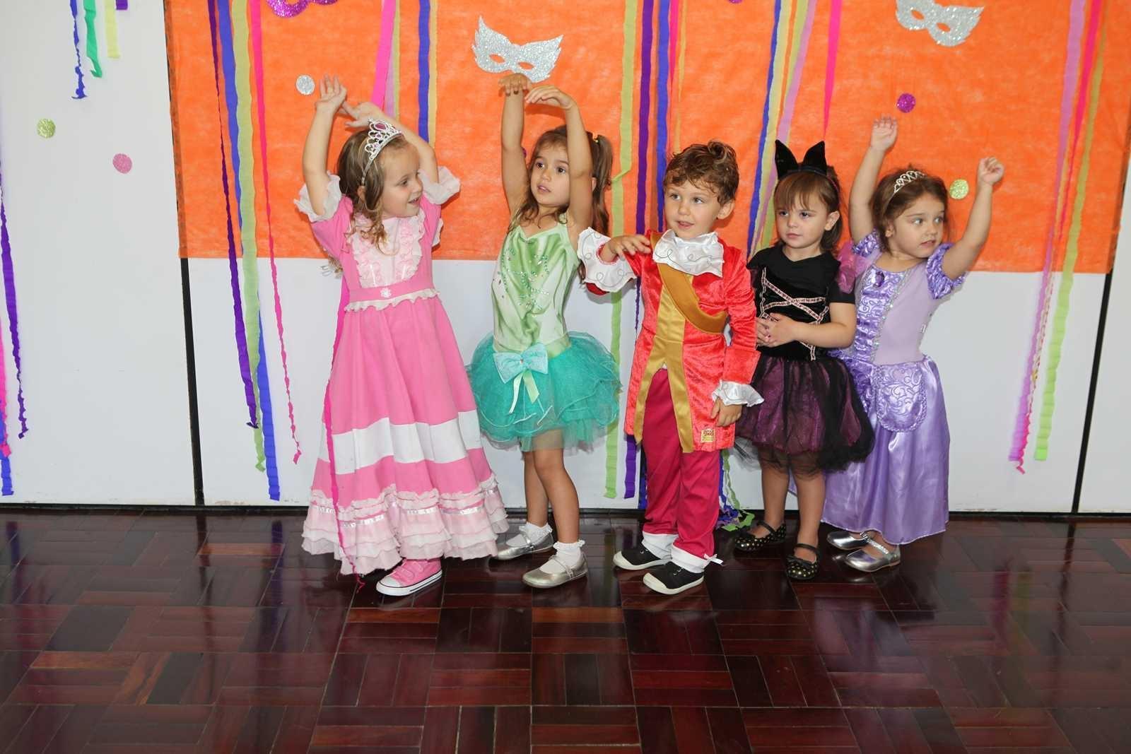 Carnaval - Escola Doritos