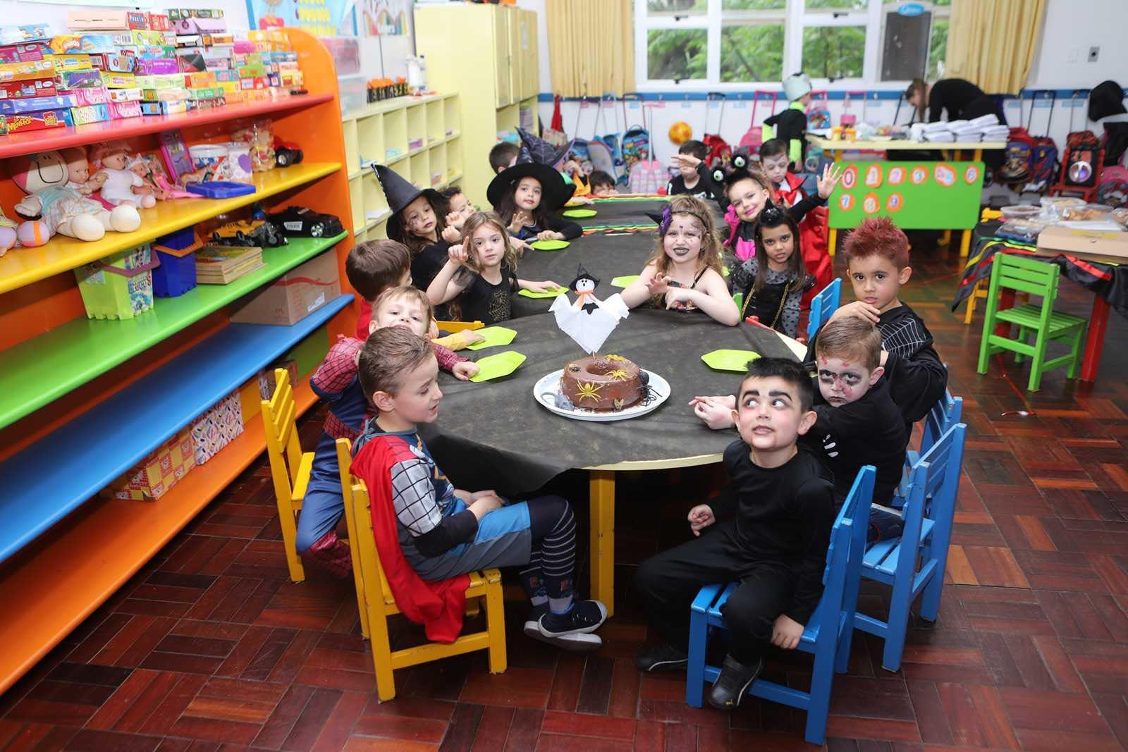 Halloween - Escola Doritos