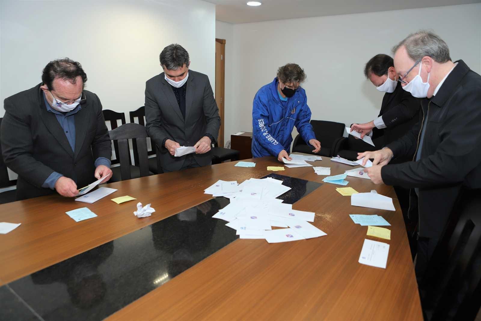 Votação e apuração do Diretoria Executiva
