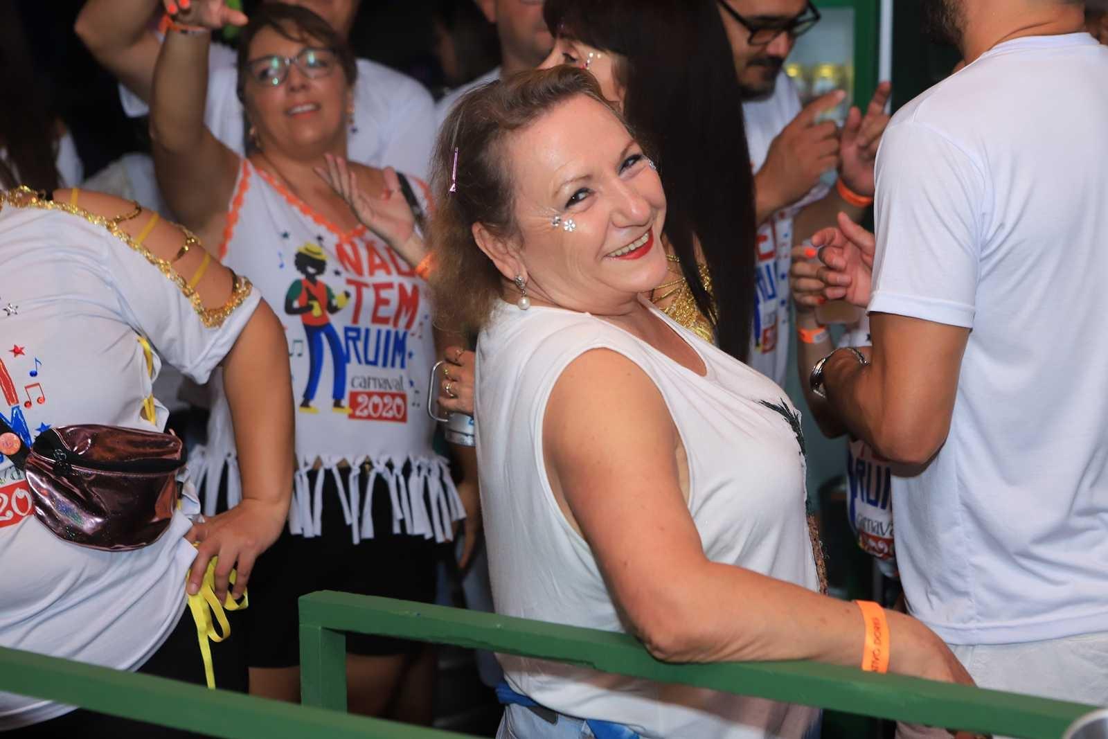 Carnaval Dores 2020: Baile Adulto