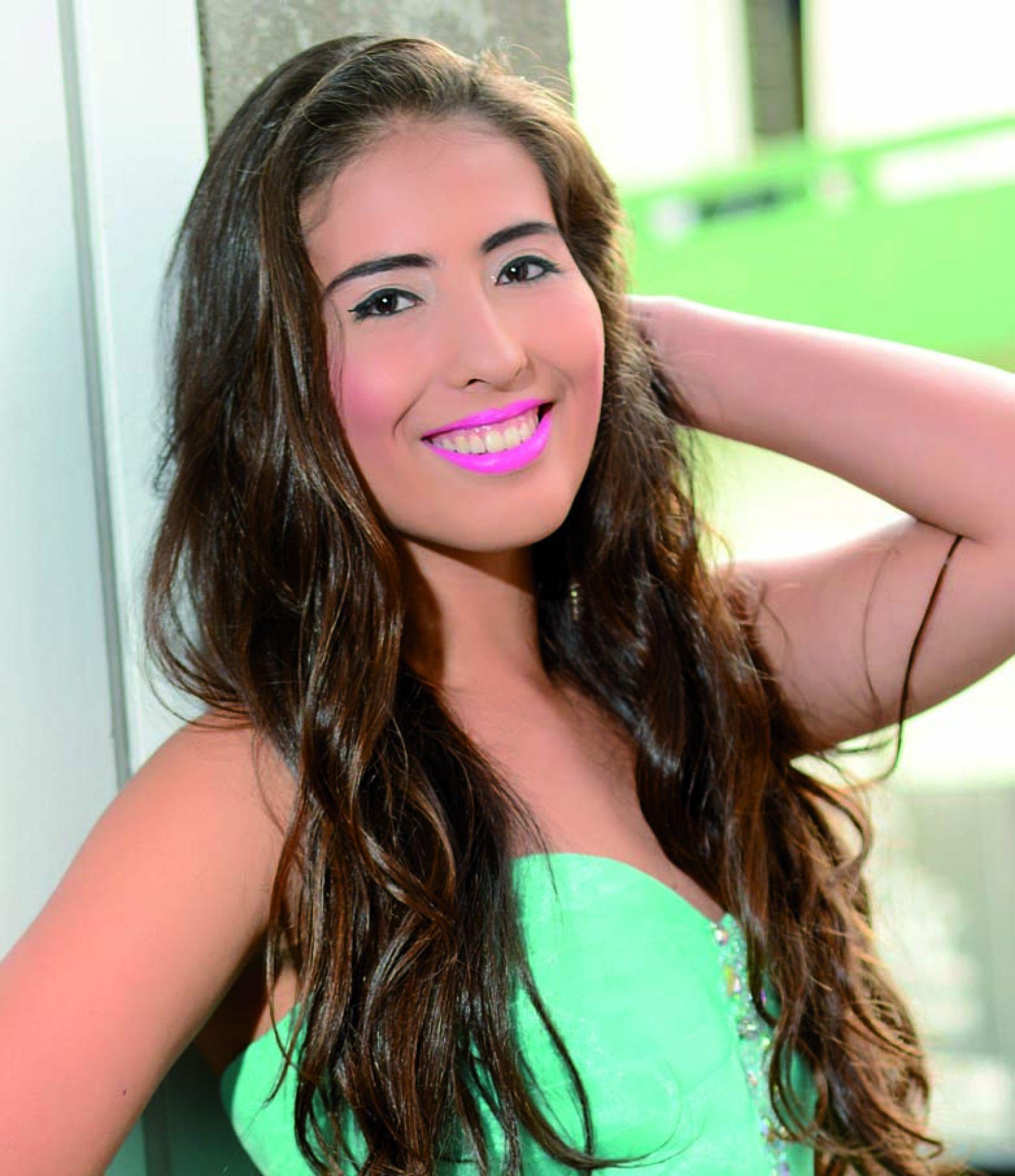 Andressa Caroline Dalla Porta Stock