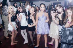 Anfitriões do Jantar Infantil brilharam na noite do Clube Dores