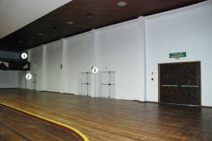 Visão do interior do Salão Nobre, com as novas saídas de emergência.
