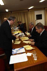 O momento da apuração de votos para a diretoria do Conselho Deliberativo.